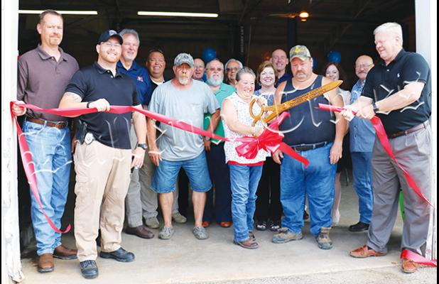 The Hardeman County Chamber of Commerce held a ribbon cutting for Crossroads Tire and Battery, located at 104 E. Tennessee Street in Middleton, on May 31.