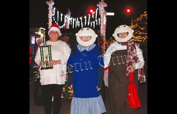 Christmas Season Begins in Hardeman County