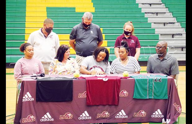 Bolivar Central Lady Tiger Brooklyn Jimmerson signed with Freed-Hardeman University in Henderson on September 24. Freed-Hardeman Coach Todd Humphry, in his 20th year, is a graduate of Harding University in Searcy, Arkansas. The Lady Lions went 26-14 in 2019 finishing in the American Midwest Conference tournament second round.